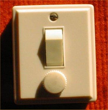 Interrupteur ancien avec fusible
